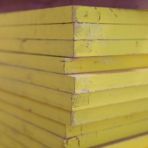 Chapa Contraplacada Cofragem - 2 lados lisos (amarelos)